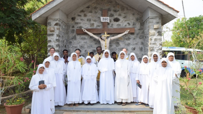 Reparation and Consoling Sisters