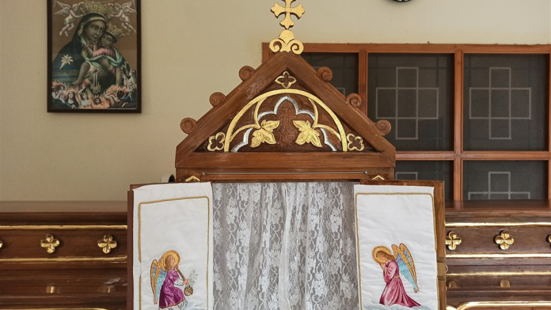 Tabernacle in new altar - Servi Domini Orphanage