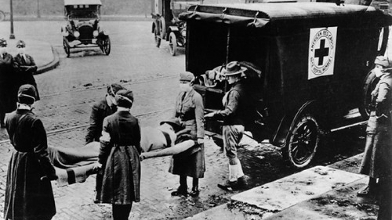 1918: The Red Cross evacuates victims of the Spanish flu